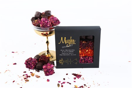 Mughe Gourmet Luxury Assorted Turkish Delight with Pistachio
