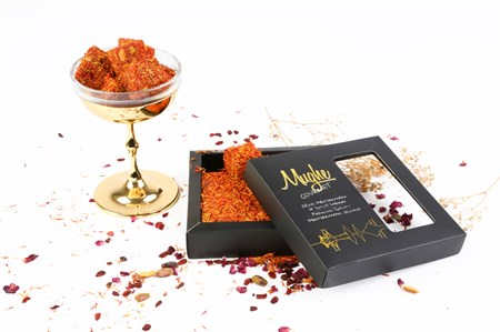 Luxury Saffron Coated Turkish Delight with Pistachio